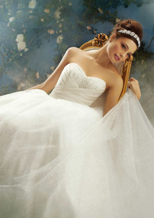 No.8637 Disney's FAIRY TALE WEDDINGS by alfred angelo