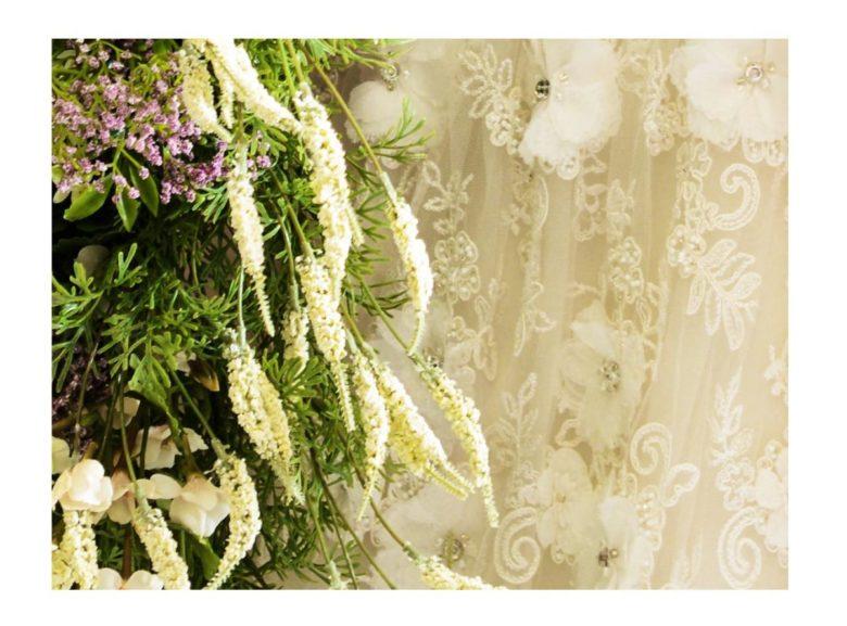 《ウェディングドレス》 ☆★おススメ♪白ドレスをご紹介 ~ No.8669~★☆