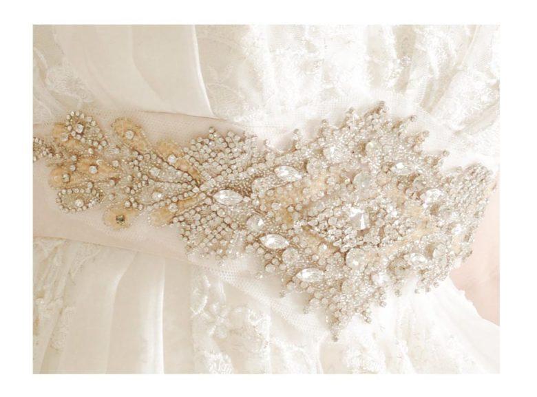 《ウェディングドレス》 ☆★おススメ♪白ドレスをご紹介 ~ No.8670~★☆