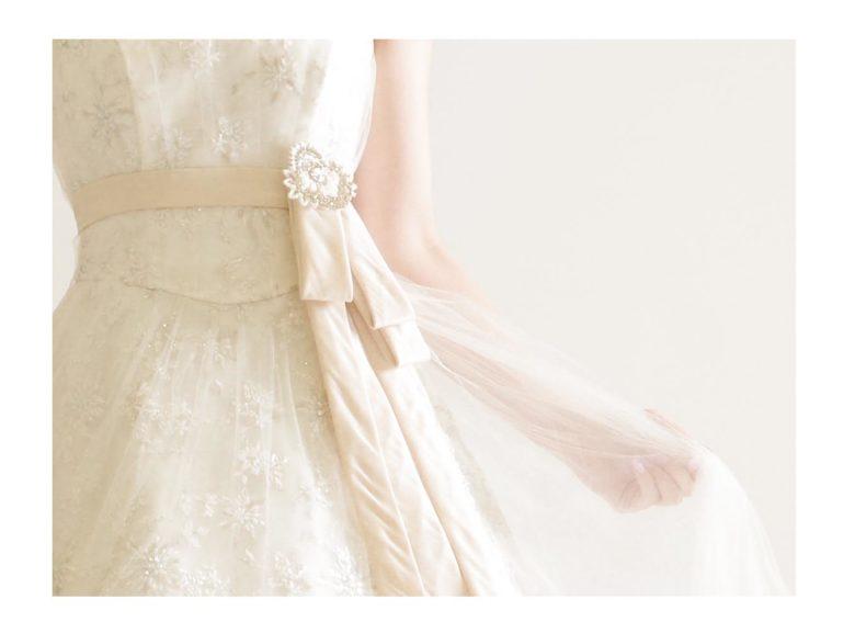 《ウェディングドレス》 ☆★おススメ♪白ドレスをご紹介 ~ No.8671~★☆