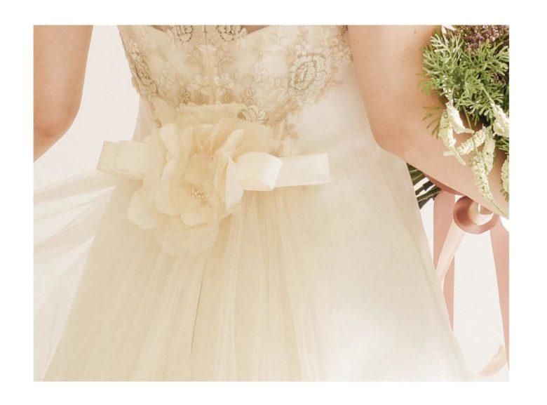 《ウェディングドレス》 ☆★おススメ♪白ドレスをご紹介 ~ No.8724~★☆