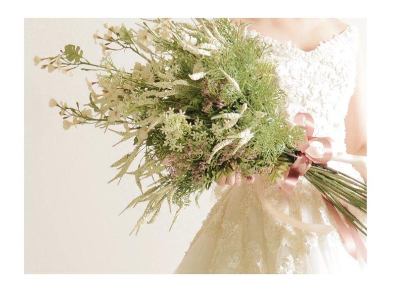 《ウェディングドレス》 ☆★おススメ♪白ドレスをご紹介 ~ No.8747~★☆